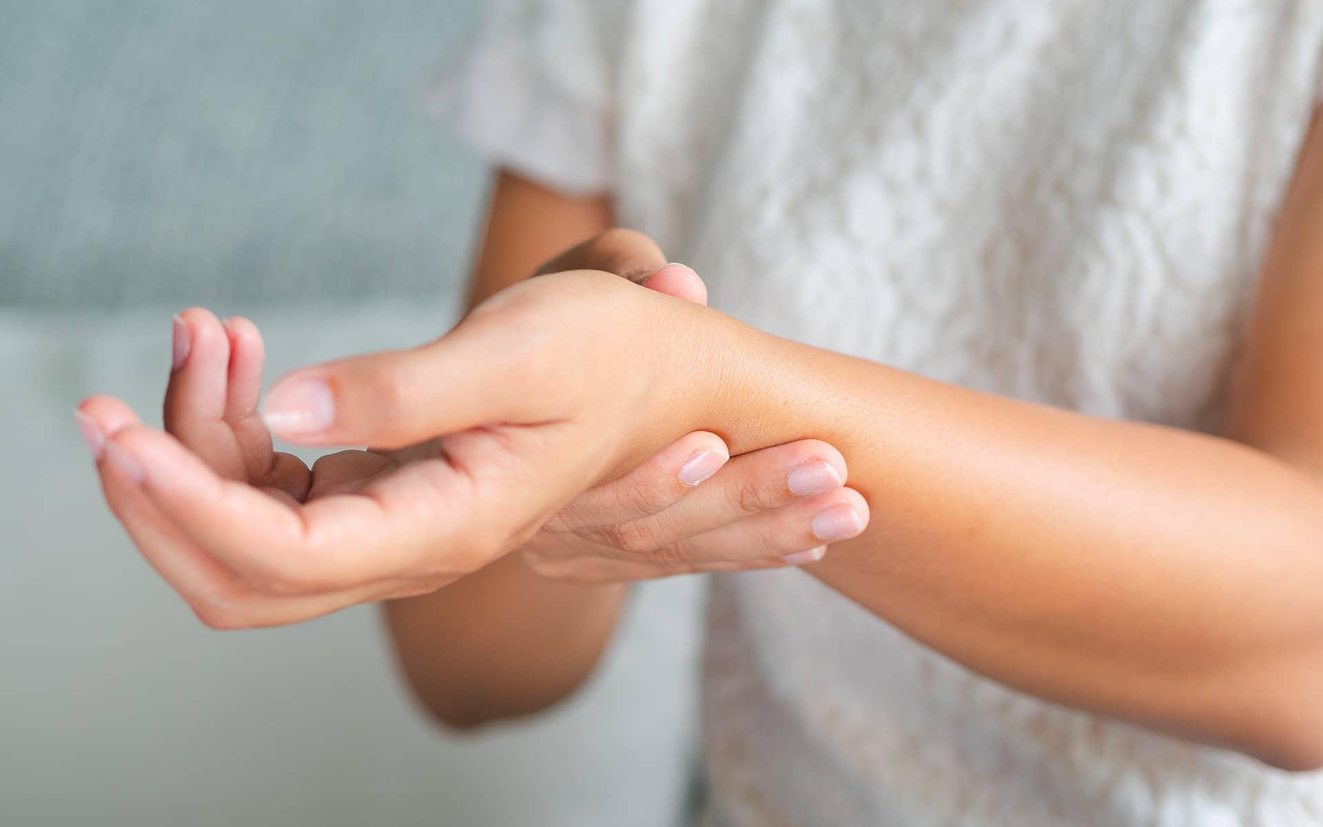Exercices mains et poignets